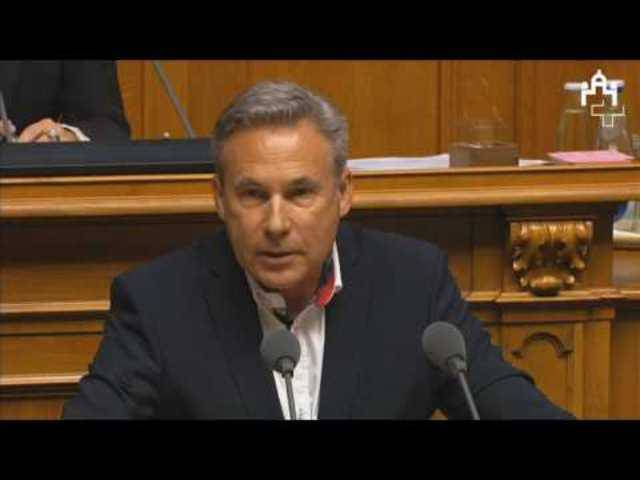Adrian Amstutz in der MEI-Debatte im Nationalrat