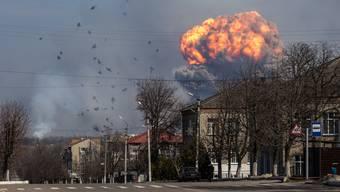 Grossbrand in ukrainischem Waffenlager (24. März 2017)