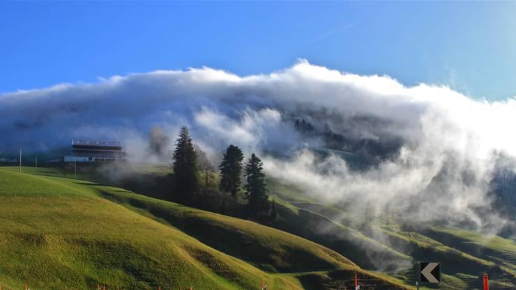 Die Wolken lichten sich: Theo Schweizer stellt sich für die Gemeinderats-Ersatzwahl vom 24. November. (Symbolbild)