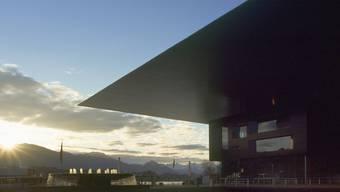 Das KKL mit dem berühmten imposanten Vordach