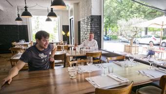 Da waren sie noch Partner- Hermès Beurret (l.) und Cyrill Lang im Mai 2017 im Restaurant Rhyschänzli an der Lichtstrasse.