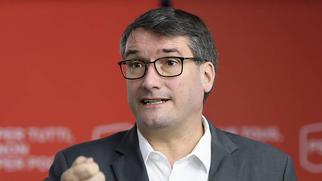 Für die Nachfolge von SP-Parteipräsident Christian Levrat haben sich nunmehr zwei Co-Präsidenten-Teams in Stellung gebracht. (Archivbild)