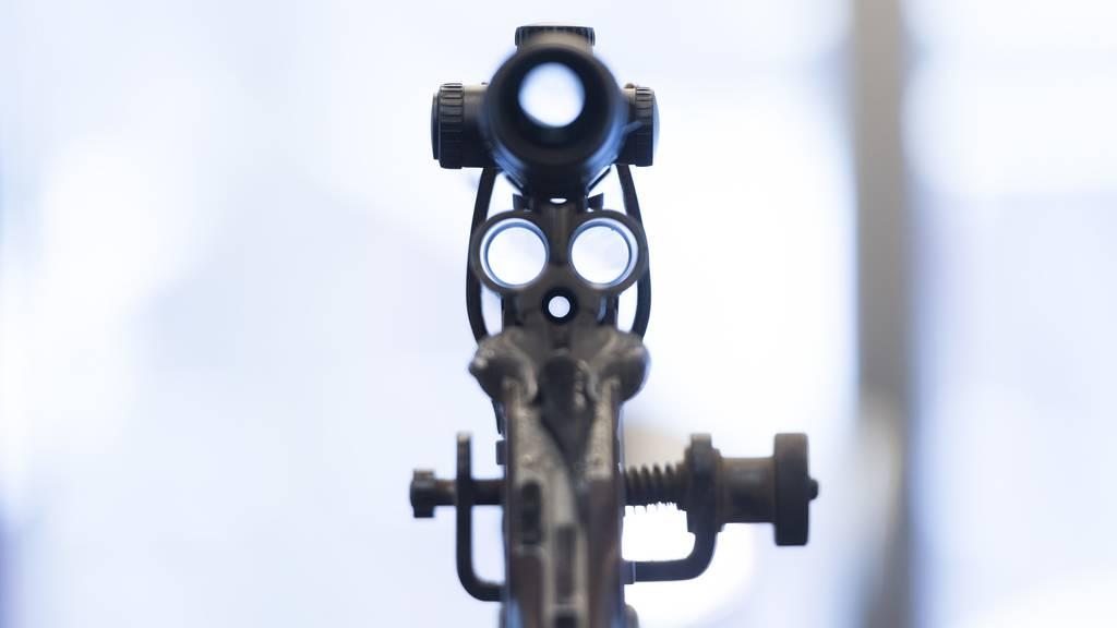 Schweiz exportiert im 1. Halbjahr Waffen für 501 Millionen Franken