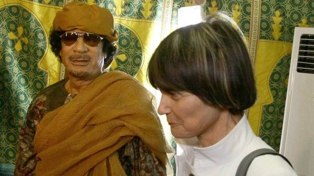 Micheline Calmy-Rey bei Gaddafi am 13.6.10