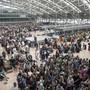 Im Laufe des Montags hat sich der Flugbetrieb am Flughafen Hamburg wieder einigermassen normalisiert: Am Sonntag hatte eine schadhafte Isolierung an einem Kupferkabel zum Black-Out geführt.