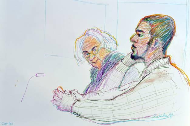 Gerichtszeichnung von Linda Graedel Carlos und sein Verteidiger, von rechts, beim Prozess zum Fall Carlos am Bezirksgericht in Dietikon