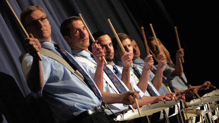 Attraktive Trommelwirbel des Tambourenvereins Helvetia Zürich