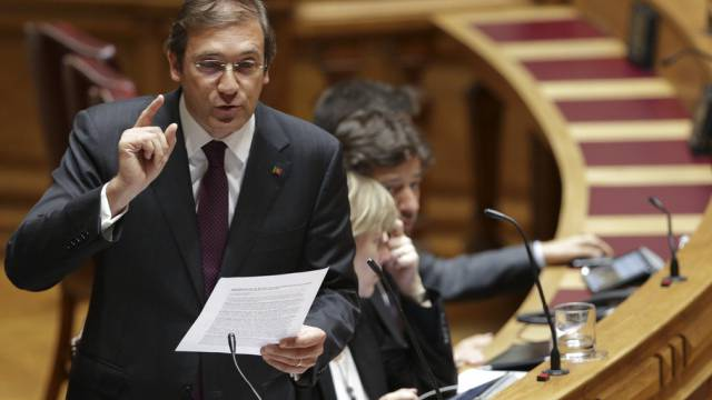 Portugals Regierungschef Coelho im Parlament (Archiv)