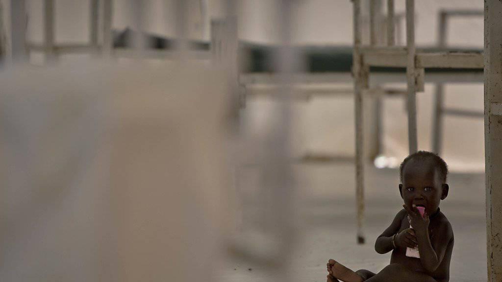 100'000 Menschen sind im Südsudan akut vom Hungertod bedroht, knapp fünf Millionen Menschen haben zu wenig zu essen. Die USA appellierten an die Führung des Landes und die internationale Gemeinschaft, gegen das Leid einzuschreiten. (Archivbild)