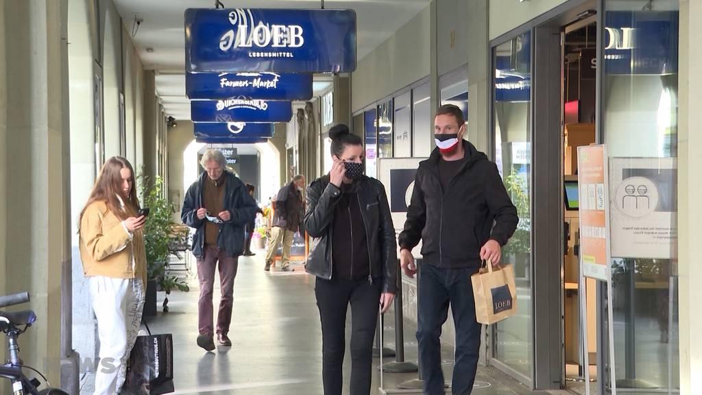 Maskenpflicht am Arbeitsplatz? Virologe fordert schärfere Massnahmen