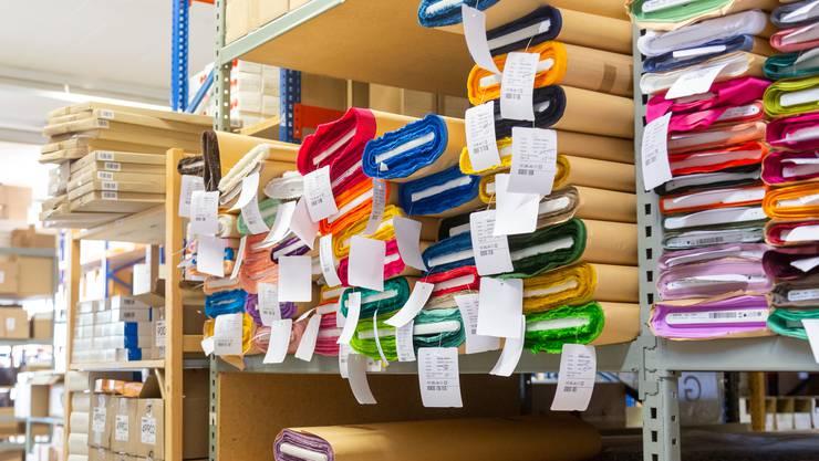 Zu Besuch in der Firma «J. Gasser & Co. AG» in Däniken. Es ist der grösste Textil-Grosshändler der Schweiz.