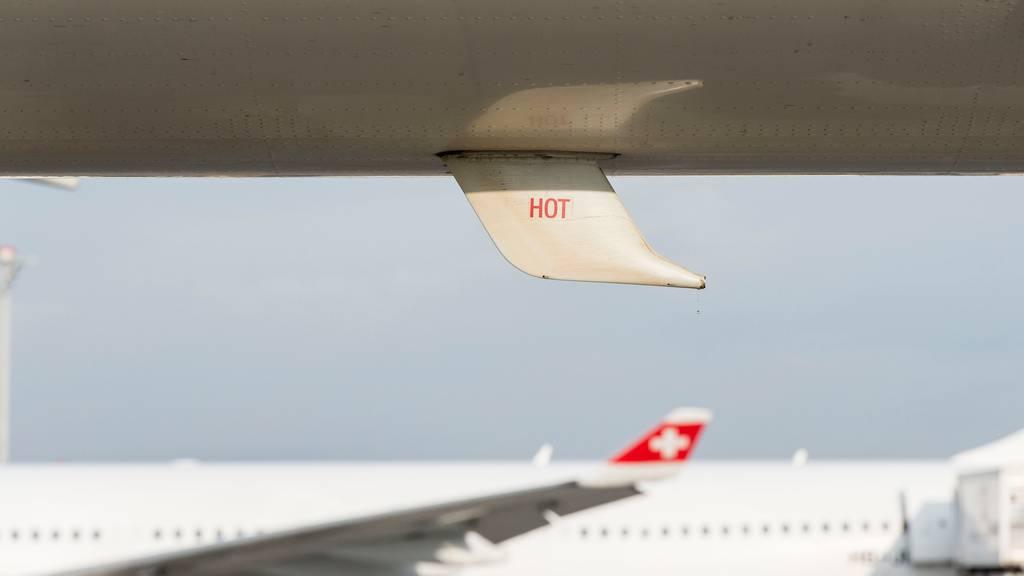 Die Sicherheit von Passagieren und Personal habe oberste Priorität, so die Swiss.