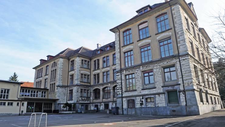 Schulhaus Hofacker.
