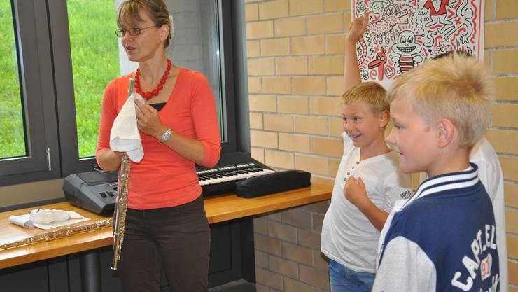 Die Schülerinnen und Schüler im Storebode freuen sich auf das Projekt Klassenmusizieren.