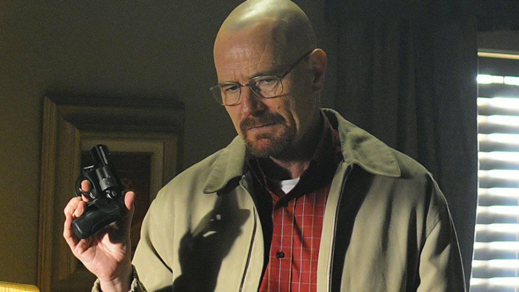 """US-Schauspieler Bryan Cranston spielt den Chemielehrer und Drogenfabrikanten Walter White in der 2013 eingestellten Erfolgsserie """"Breaking Bad."""" (Szenenbild)"""