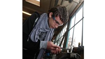 Mit dem Lift-Projekt können Jugendliche mit Einsätzen in Betrieben herausfinden, welche Berufe sie ansprechen.