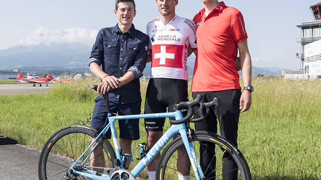 Mathias Frank, Silvan Dillier und Stefan Küng - drei der nur vier Schweizer Radprofis, die an der 105. Tour de France teilnehmen