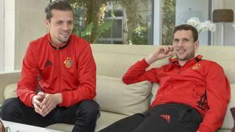 Seit sie 15 Jahre alt sind, sind die FCB-Rückkehrer Valentin Stocker (links) und Fabian Frei (hier im Teamhotel in Marbella) eng miteinander verbunden.