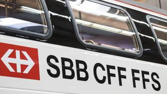Das Bundesamt für Verkehr (BAV) findet, der Wegfall von Halten von SBB-Zügen im Verspätungsfall diene in vernünftiger Weise der Erfüllung der Betriebspflicht.