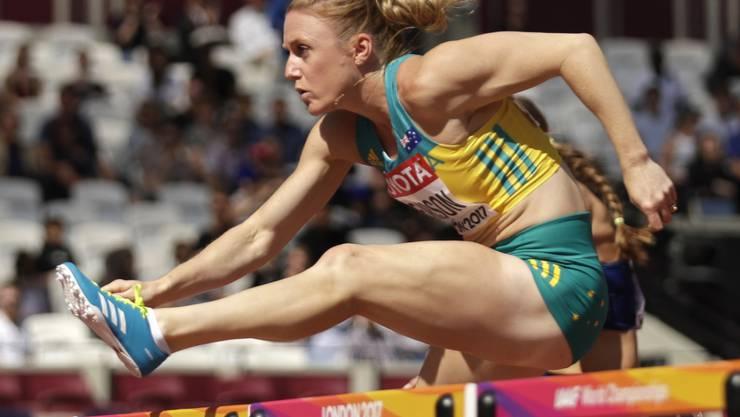 Sally Pearson fliegt über die Hürden