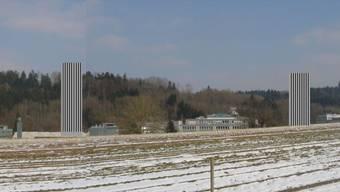 Visualisierung zweier Hochhäuser (55 Meter hoch) im Gebiet Esp in Dättwil: Die Silhouette des Baregg-Hügelzuges wird beeinträchtigt.