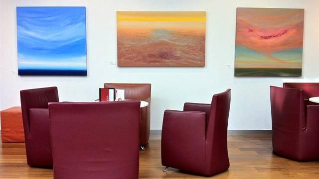 'Traumwelten' in der Cafeteria der Hirslanden Klinik Aarau