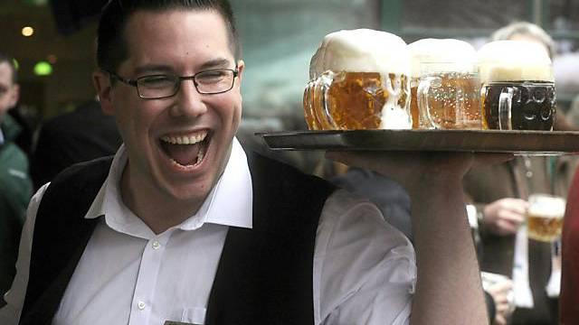 "Kampf gegen den ""Mythos des dick machenden Bieres"" (Symbolbild)"