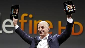 Amazon-Chef Jeff Bezos präsentiert den neuen Kindle