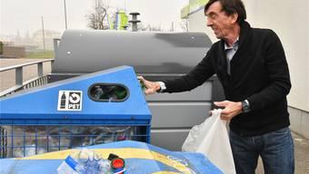 Besuch in Stüsslingen, wo das Trinkwasser verschmutzt ist