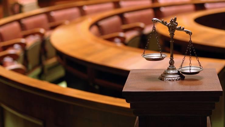 Gerichtspsychiater sind nicht nur Gutachter sondern auch Therapeuten und Funktionäre. (Symbolbild)