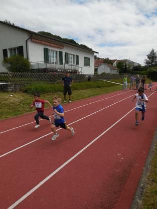 Auch die Jüngeren gaben beim Sprintrennen ordentlich Gas