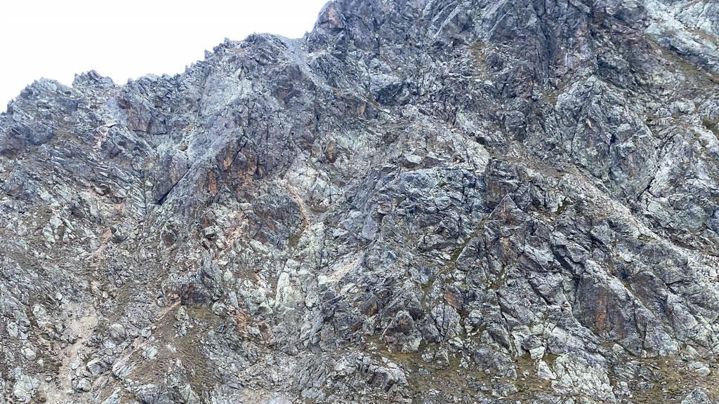 Am Sonntagmittag hat sich am Madrisahorn in Klosters ein tödlicher Bergunfall ereignet.