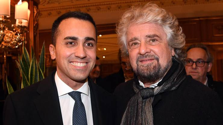 Das Movimento Cinque Stelle holt 32 Prozent der Stimmen: Spitzenkandidat Luigi di Maio und Gründer Beppe Grillo.