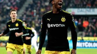 Was für ein Einstand! Michy Bashuayi erzielt im ersten Spiel für Dortmund gleich zwei Tore.