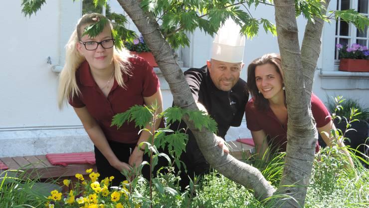 von links: Jasmine Stettler, Charly Berguerand, Sarah Schmutz
