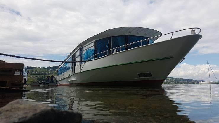 Am Donnerstagmittag war es soweit: Die «MS 2018» ist endlich wieder im Wasser.