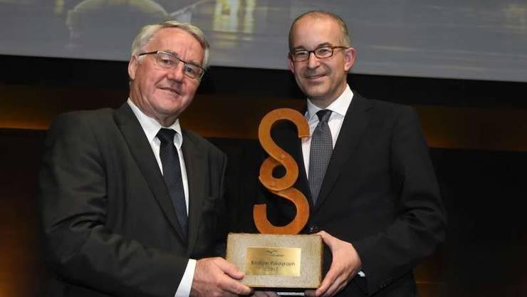 2015 gewann Fritz Etter, Direktor Eidg. Alkoholverwaltung, den Preis «Rostiger Paragraph».
