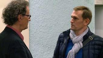 Geri Müller und Reto Huber nach der Einwohnerratssitzung im März 2015 in Baden.