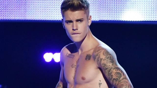 Findet sich soo cool: Justin Bieber (Screenshot)
