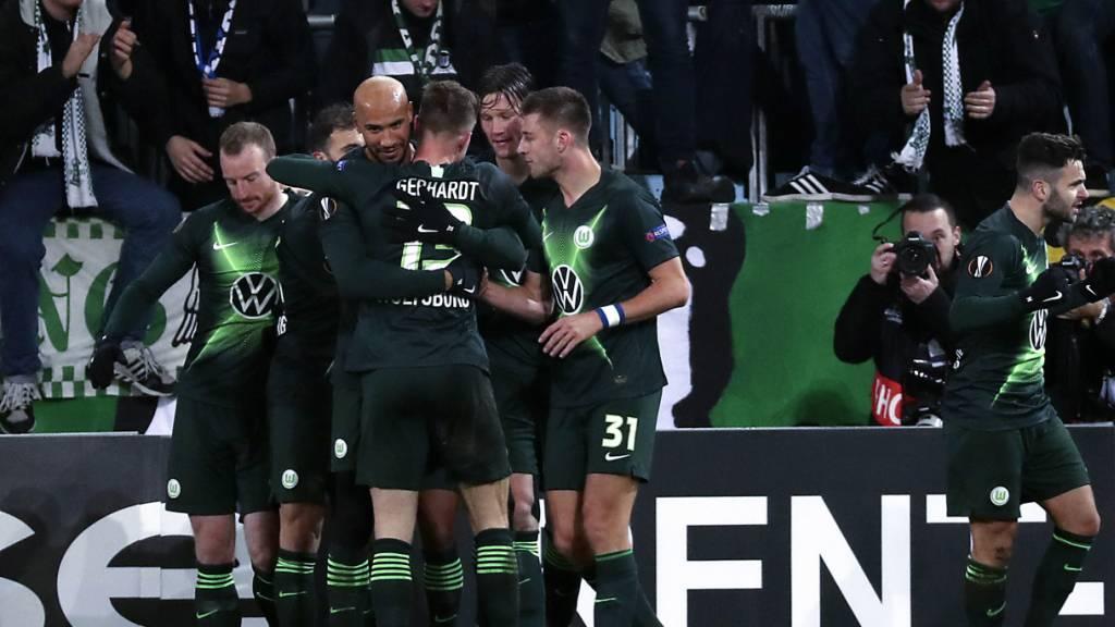 Wolfsburg und Leverkusen setzen deutschen Lauf fort