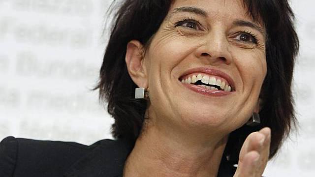 Bundesrätin Doris Leuthard vor den Medien