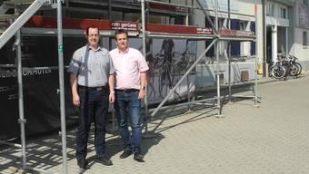 Wo heute noch eine Baustelle ist, eröffnen Mario Kalt (l.) und Roland Obrist im Oktober einen neuen Laden.