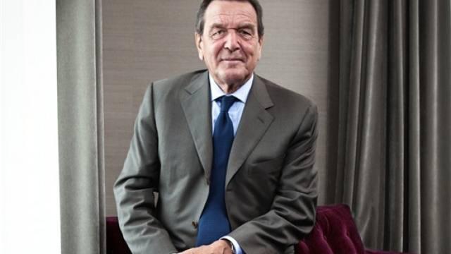 «Die Schweizer werden schon richtig entscheiden»: Gerhard Schröder in Bern, wo er am Swiss Energy und Climate Summit auftrat. Foto: Marco Zanoni