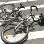 Ein 12-jähriger Schüler war mit seinem Fahrrad unterwegs, als es zur Kollision mit einem entgegenkommenden Velo kam. (Symbolbild)