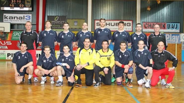 Die Polizeihandball-Nati um Philipp Isler (3) und Andreas Kohreiter (1).ZVG