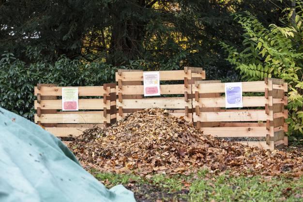 Auch drei quartiereigene Kompost-Häufen (zur korrekten Bio-Mülltrennung) finden sich schon im Römergarten.