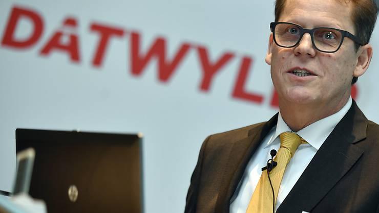 Dätwyler-Chef Dirk Lambrecht legt den Fokus beim Mischkonzern in Zukunft auf das Dichtungsgeschäft. Verkauft werden die Distributionsfirmen Distrelec und Nedis.(Archivbild)