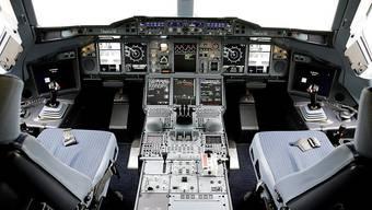 In Norwegen ist ein Pilot verurteilt worden, der mit 0,54 Promille Alkohol im Blut ins Cockpit wollte. (Symbolbild)