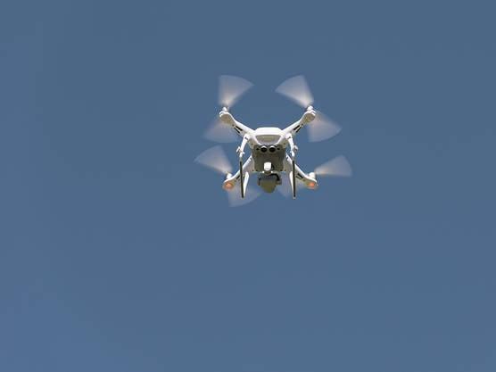 Der Betrieb von Drohnen soll reguliert werden. Der Bundesrat will rasch eine Registrierungspflicht einführen.