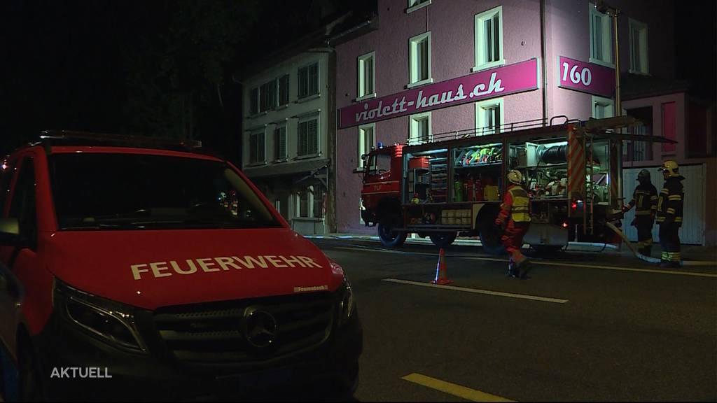 Feuerwehr musste wegen eines Brandes zu einem Bordell ausrücken